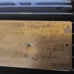 SEW-EURODRIVE GEARMOTOR R37DT100L2 3KW IP54